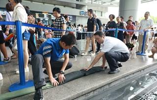"""台风""""温比亚""""登陆,上海科技馆防台抗台在行动"""