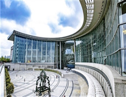 上海科技馆:从一片农田到世界级科技馆