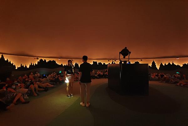 这个七夕遇见牛郎织女星——上海天文馆天象厅开展七夕特别节目